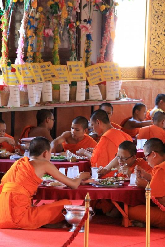 Mittagessen der Mönche