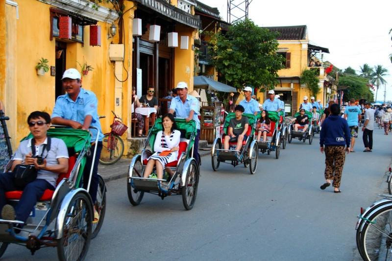 Die Chinesen in den Rickshaws auf ihrer Tour :D
