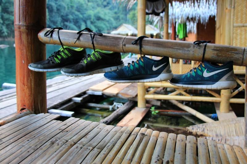 Schuhe müssen getrocknet werden.