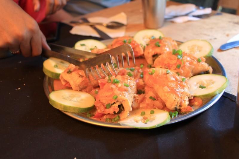 Auf der Trekkingtour wurden wir gut versorgt, hier ein bekanntes Gericht: Trucha