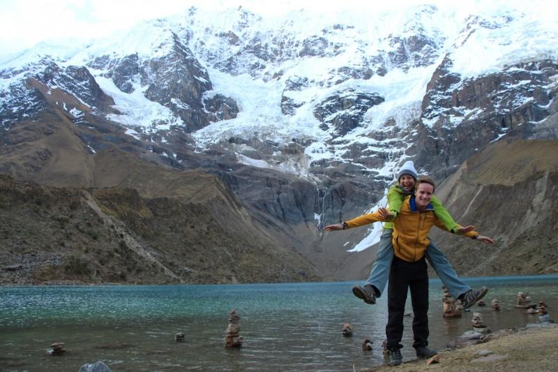 Die Lagoone war auf 4200m.u.M Einer unserer Guide ging baden, obwohl es nur ca 3 Grad warm war.