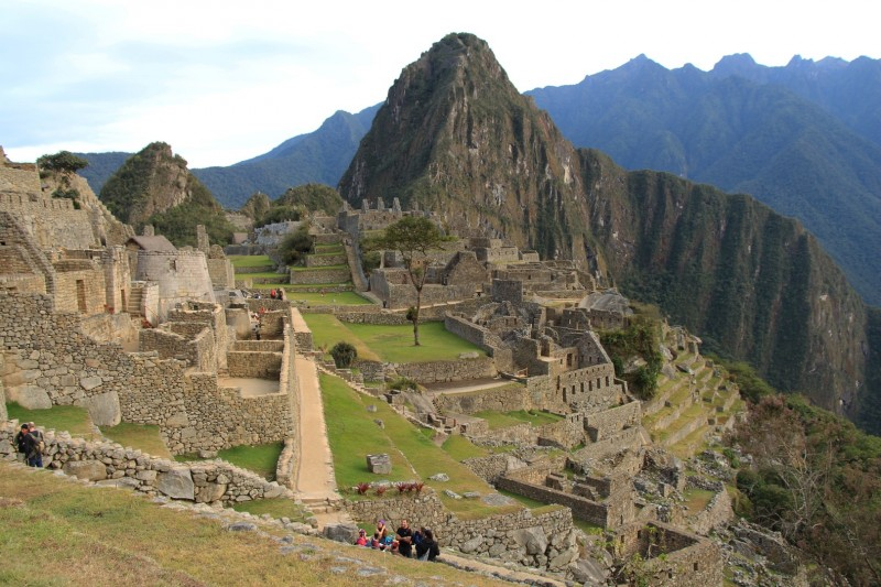 Machu Picchu in seiner vollen Pracht, dies war um 6 Uhr Morgens, eine Stunde spaeter war es voller Touristen.