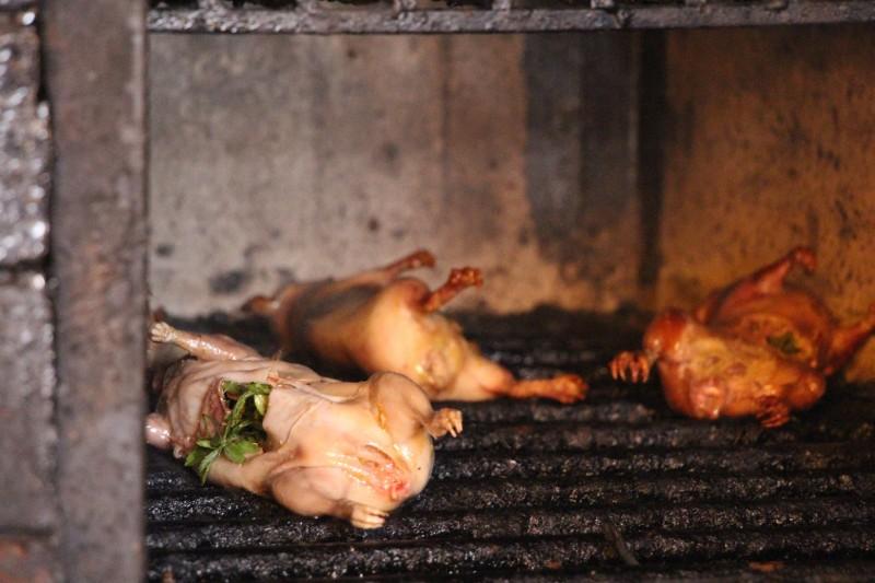 Cuyz´s im Ofen - Meerschweinchen sind eine Delikatesse hier.